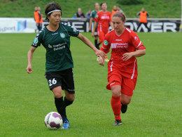 Kozue Ando (li.) gegen Natalia Mann