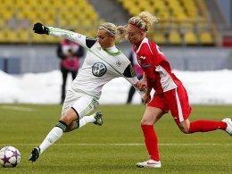 Lena Gößling gegen Natalya Pertseva