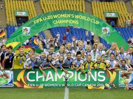 U 20-Juniorinnen feiern den WM-Titel