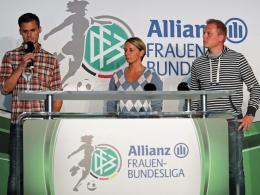 Bayerns Trainer Thomas Wörle, Duisburgs Trainerin Inka Grings und Gladbachs Coach Rene Krienen (v.li.).