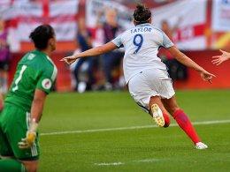 6:0, Dreierpack Taylor! Englands Signal zum Auftakt