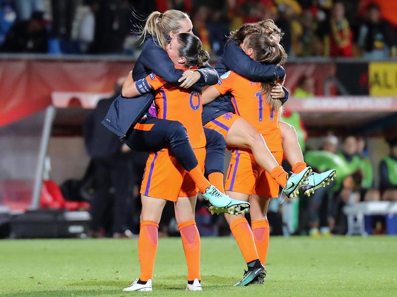 Frauen-EM: Niederlande und Dänemark im Viertelfinale