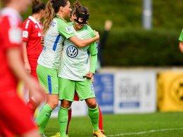 Wolfsburg bleibt oben, Kantersieg für Freiburg