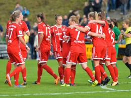 Pokalsiege: Bayern mit Mühe, Werder souverän