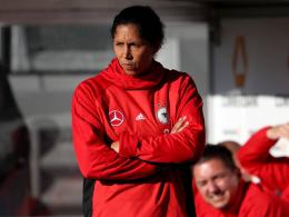 Wütende Jones kritisiert ihre Spielerinnen