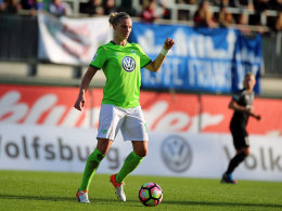 Popp verlängert in Wolfsburg bis 2019