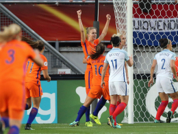 Dank Miedema: Niederlande folgt Dänemark ins Endspiel