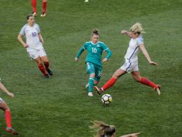 2:2 - DFB-Frauen geben gegen England zwei Führungen ab