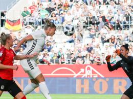 Hrubesch stellt mit DFB-Frauen Start-Rekord auf