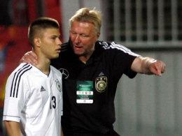Horst Hrubesch (re.) mit Vladimir Rankovic