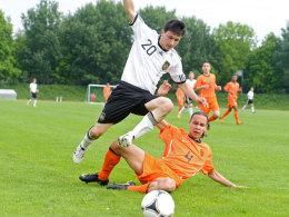 Alessandro Fiore Tapia, hier im U-15-Länderspiel gegen die Niederlande
