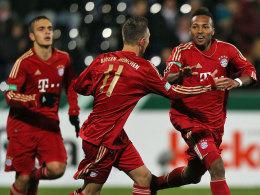 Eiskalt vor dem Tor: Bayerns Julian Green (re.) schlug in Großaspach gleich zweimal zu.