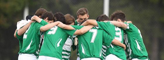 A-Junioren der SpVgg Greuther Fürth beim Spielerkreis