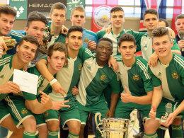 Konnten im Vorjahr den großen Pokal gewinnen: die Junioren von Rapid Wien.