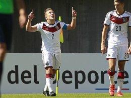 DFB-Junioren schie�en Argentinien ab