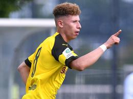 Dortmund und Schalke im Gleichschritt ins Achtelfinale