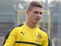 Volleyschuss Schwermann - BVB erreicht Achtelfinale