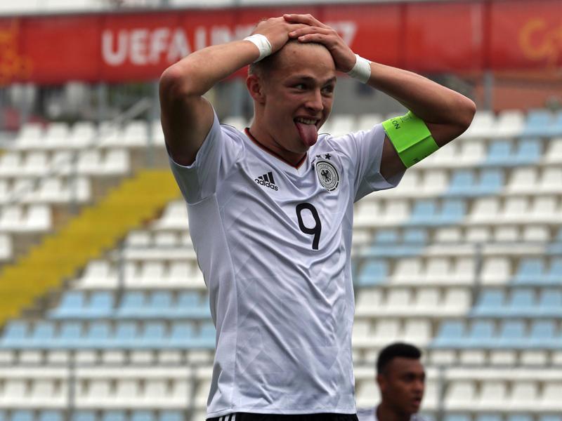DFB-U17 blamiert sich mit 0:4-Niederlage gegen Iran
