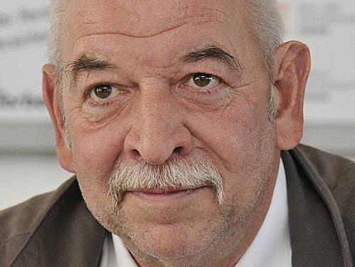 Günther Kunz, Kickers Emden