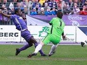 Eric Agyemang gegen Tino Berbig