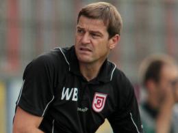 Fassungsloser Blick: Co-Trainer Wolfgang Beller musste dem
