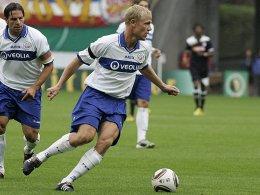 Sieht seine Mannschaft trotz des Sieges gegen Braunschweig noch nicht als Spitzenteam: Rostocks Mittelfeldspieler  Michael Wiemann.