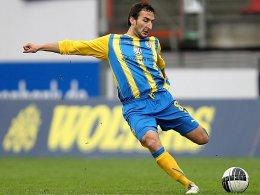 Leistungstäger: Deniz Dogan hat in Braunschweig ab sofort einen Kontrakt bis Sommer 2012.