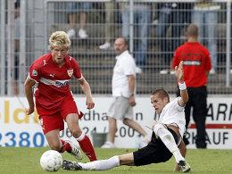 Der Stuttgarter Sebastian Enderle (li.) steht im jüngsten Spielerkader der dritten Liga.