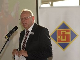 Schwere Tage bei der TuS Koblenz: Präsident Werner Hecker kämpft um seinen Verein.