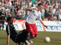 Tobias Schweinsteiger (re.) gegen Josef Cinar