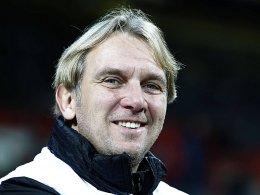Gerd Dais soll die Stuttgarter Kickers vor dem Abstieg in die Regionalliga retten.
