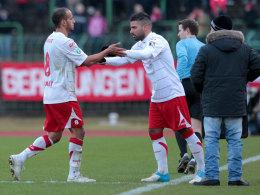 Aus und vorbei: Die Einwechslung gegen Wehen Wiesbaden war Mahmut Temürs (Mi.) letzter Einsatz für Rot-Weiß.