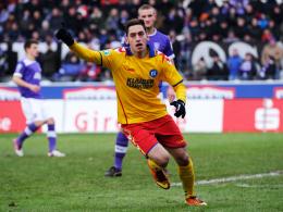 Doppeltorschütze: Karlsruhes Goalgetter Calhanoglu.