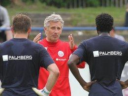 """Hansa-Coach Andreas Bergmann fordert von seinen Jungs """"die richtige Mentalität""""."""