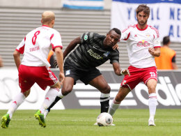 Nicht immer so gut abgeschirmt: Duisburgs Kingsley Onuegbu traf in Leipzig.