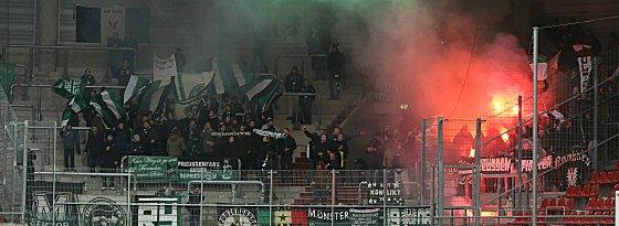 Verfehlungen der eigenen Fans, wie hier in Halle, bescherten Preußen Münster eine Geldstrafe.