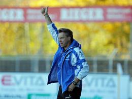 War mit dem Punktgewinn seiner Mannschaft gegen Preußen Münster zufrieden: Stuttgarter Kickers Trainer Horst Steffen.