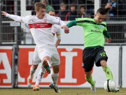 Will wieder ein fester Teil der Mannschaft werden: Stuttgarter-Kickers-Youngster Andreas Ivan (re.).