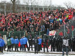 Wegen des Fehlverhaltens einiger Fans beim Gastspiel in Erfurt muss Energie Cottbus nun teuer bezahlen.