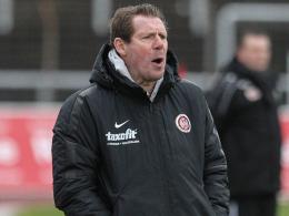 Sah eine schwache Abwehrleistung: Wehens Coach Sven Demandt.
