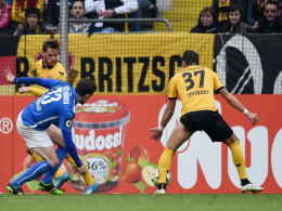 Trifft gerne spektakulär: Dresdens Justin Eilers (li.) hat gegen Rostock mit der Hacke eingenetzt.