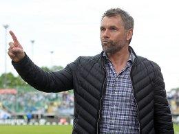 Der letzte Schritt in Richtung 2. Liga? Bernd Hollerbach will mit Würzburg den Aufstieg klar machen.