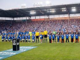 Der 1. FC Magdeburg und der FC Rot-Wei� Erfurt vor dem Er�ffnungsspiel der Drittliga-Saison 2015/16