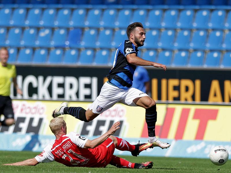 FSV Frankfurt v Wehen Wiesbaden 05 II - 3. Liga