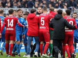 Jena gewinnt Pokalderby gegen Erfurt - Zwickau weiter
