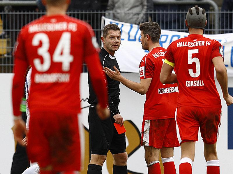 Nachholspiel im DFB-Pokal   Schalke hilft Lotte gegen Dortmund
