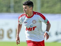 Duisburg angelt sich Oliveira Souza