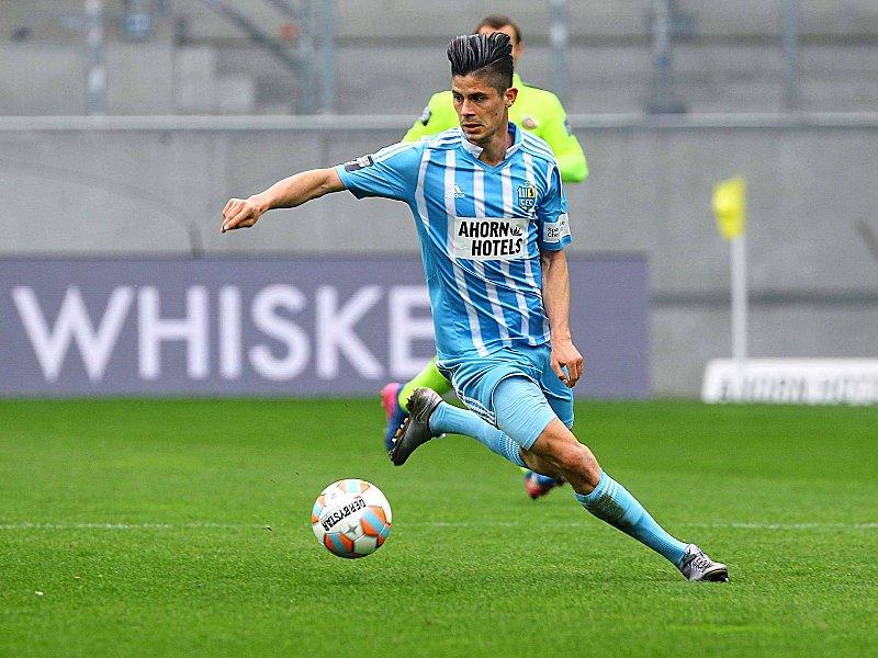 Würzburger Kickers verpflichten Dennis Mast