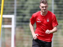 Profi statt Karriereende: Sorge erhält Vertrag in Zwickau
