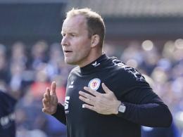 Braunschweig hält vorerst an Trainer Pedersen fest